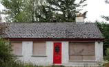 PROPERTY WATCH: Fixer upper bungalow on the market in Kildare for €80,000