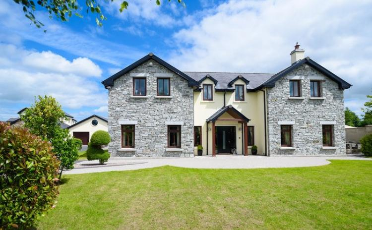 Sophisticated 4/5-bed home in Clane with double garage and large gardens for €699K