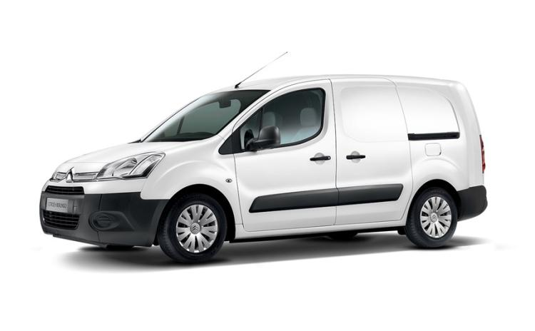 Naas Gardaí appealing for information after woman yesterday reports seats from van stolen while parked outside her home